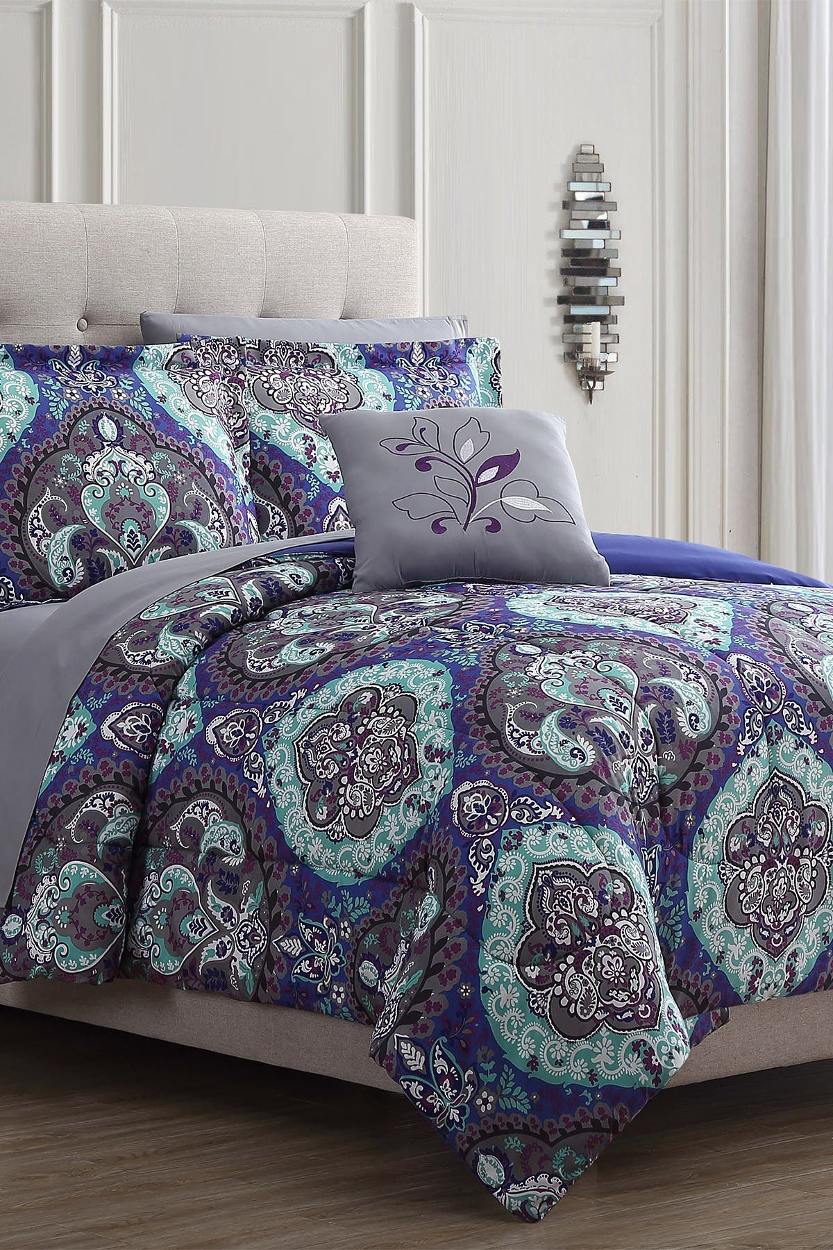 Image of Modern Threads California King Cathedral Reversible Complete Bed Set - Multi