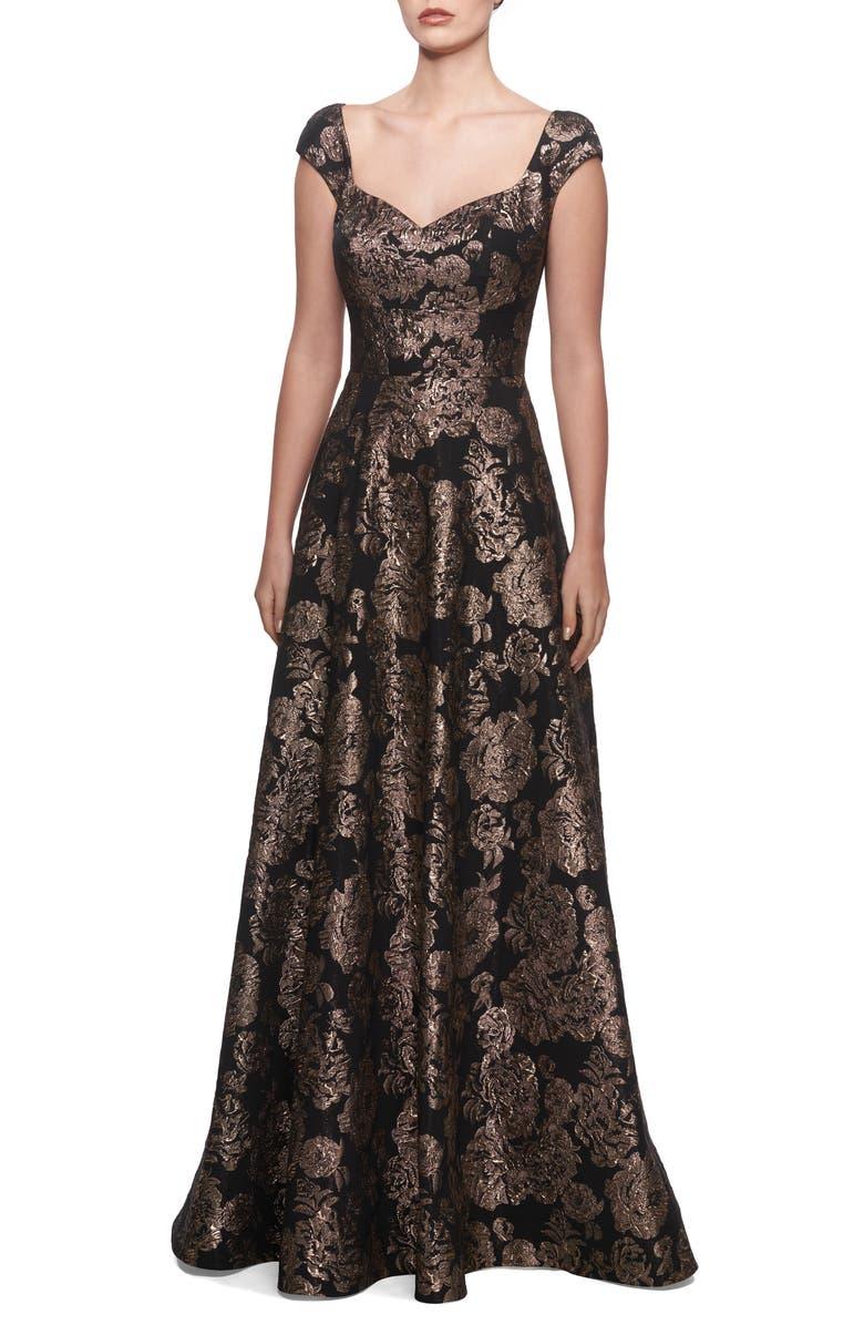 LA FEMME Metallic Jacquard Gown, Main, color, BLACK/ GOLD
