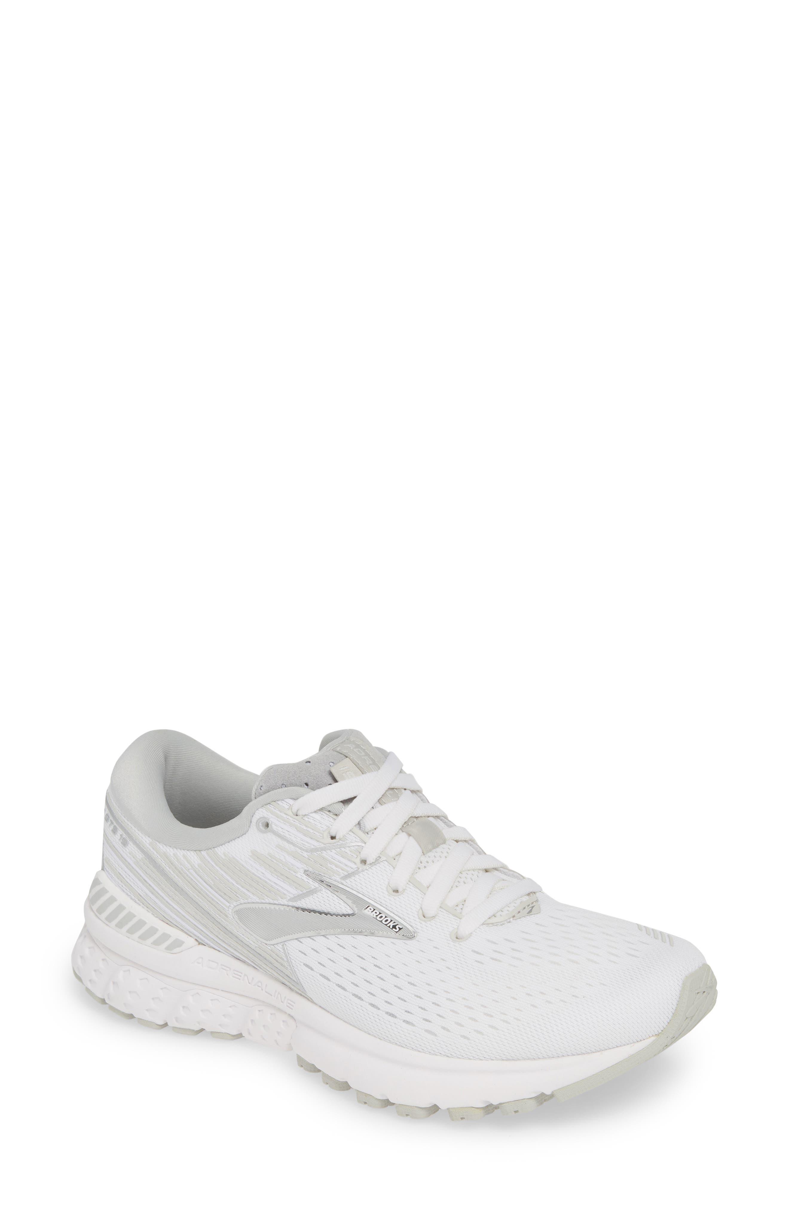 Brooks Adrenaline Gts 19 Running Shoe B - Grey