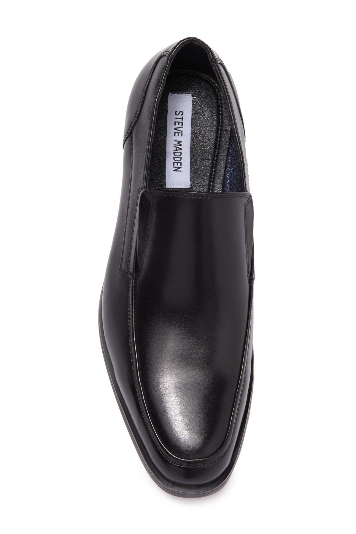 Steve Madden Yoke Slip-On Leather Loafer