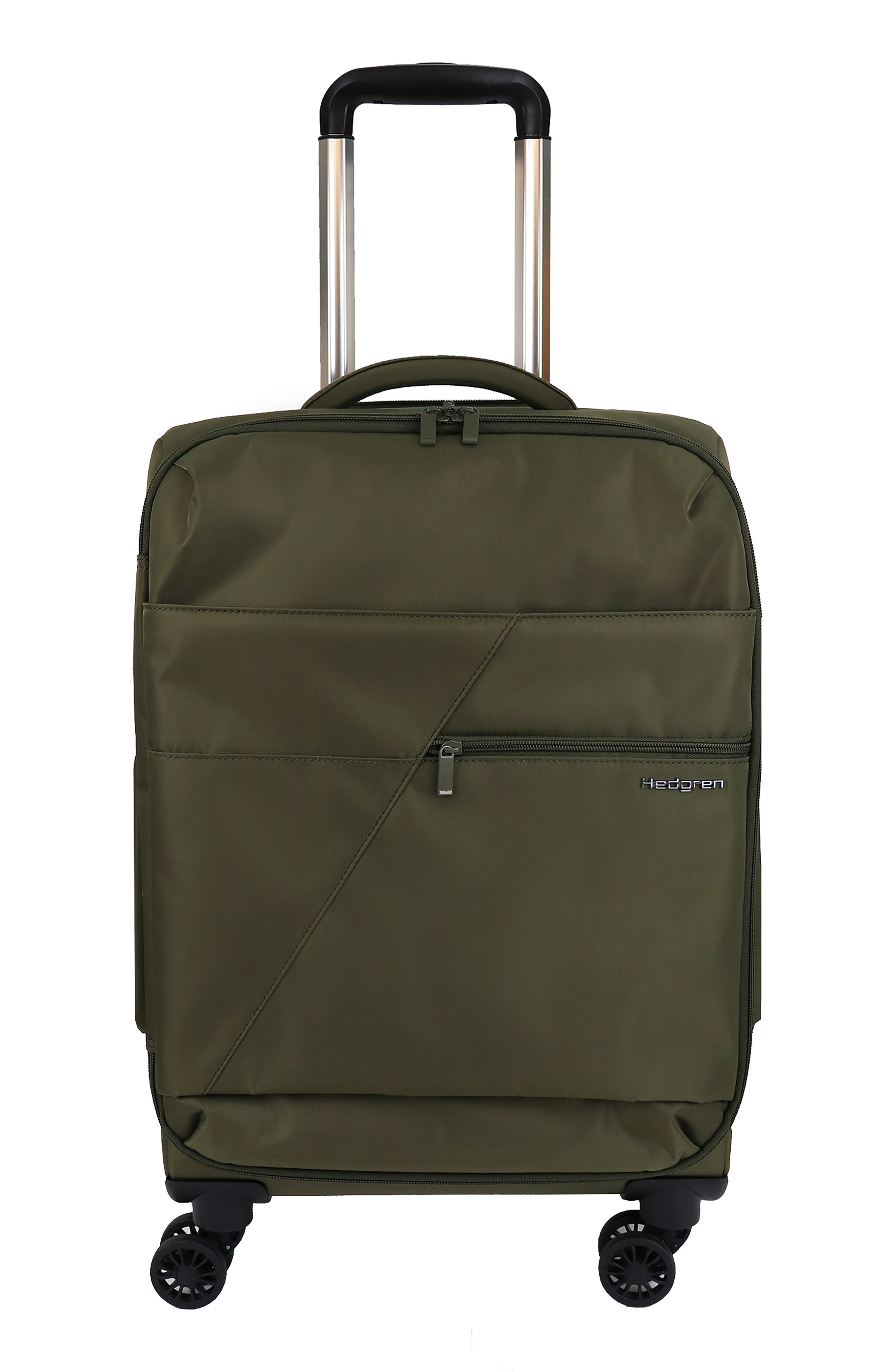 Voyage Compass Small 20-Inch Spinner Carry-On