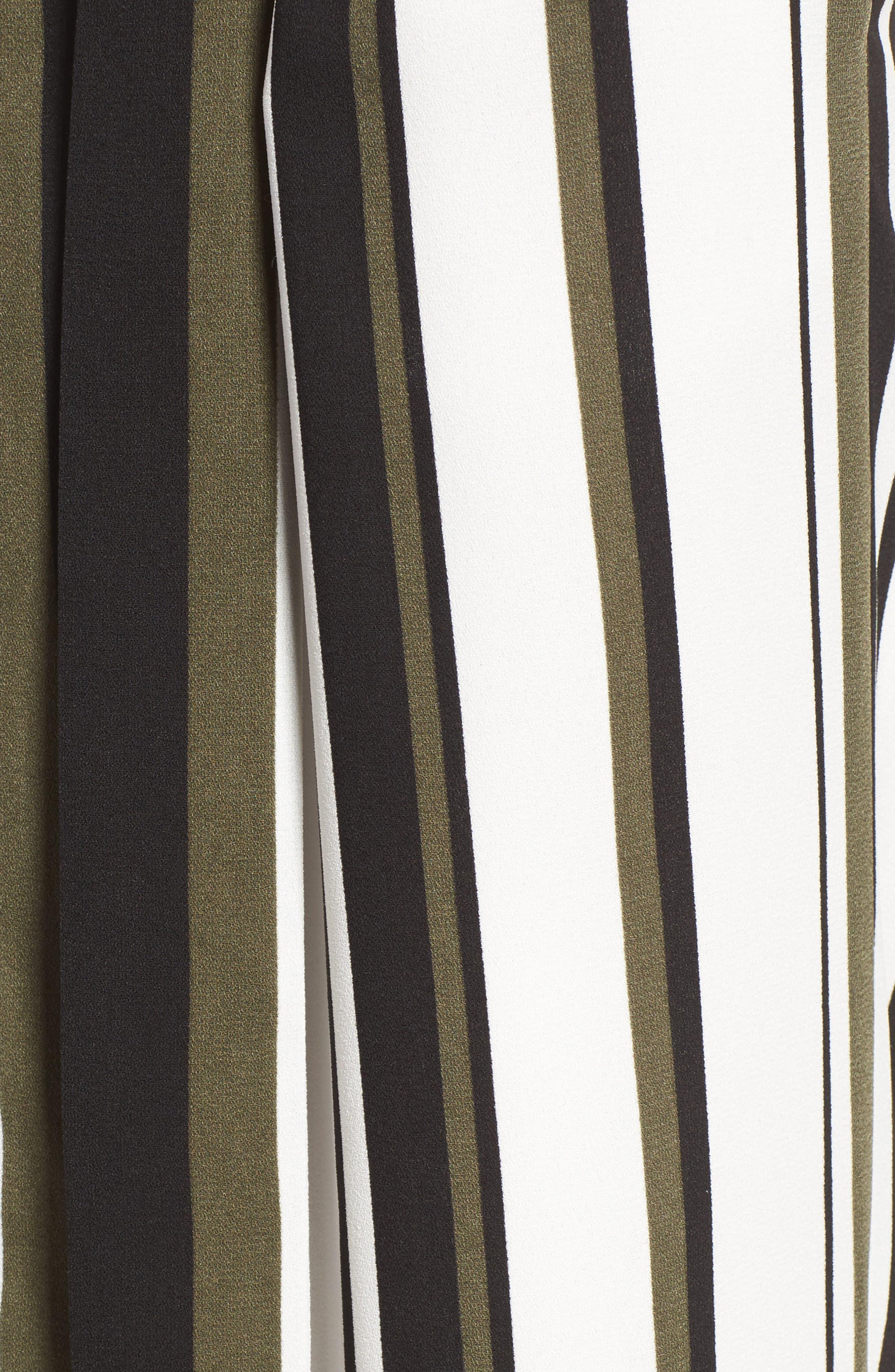 ,                             Wide Leg Crop Pants,                             Alternate thumbnail 113, color,                             900