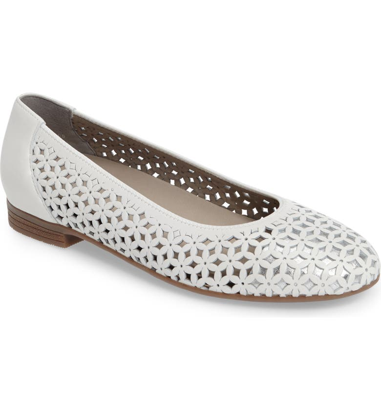 Stephanie Perforated Ballet Flat