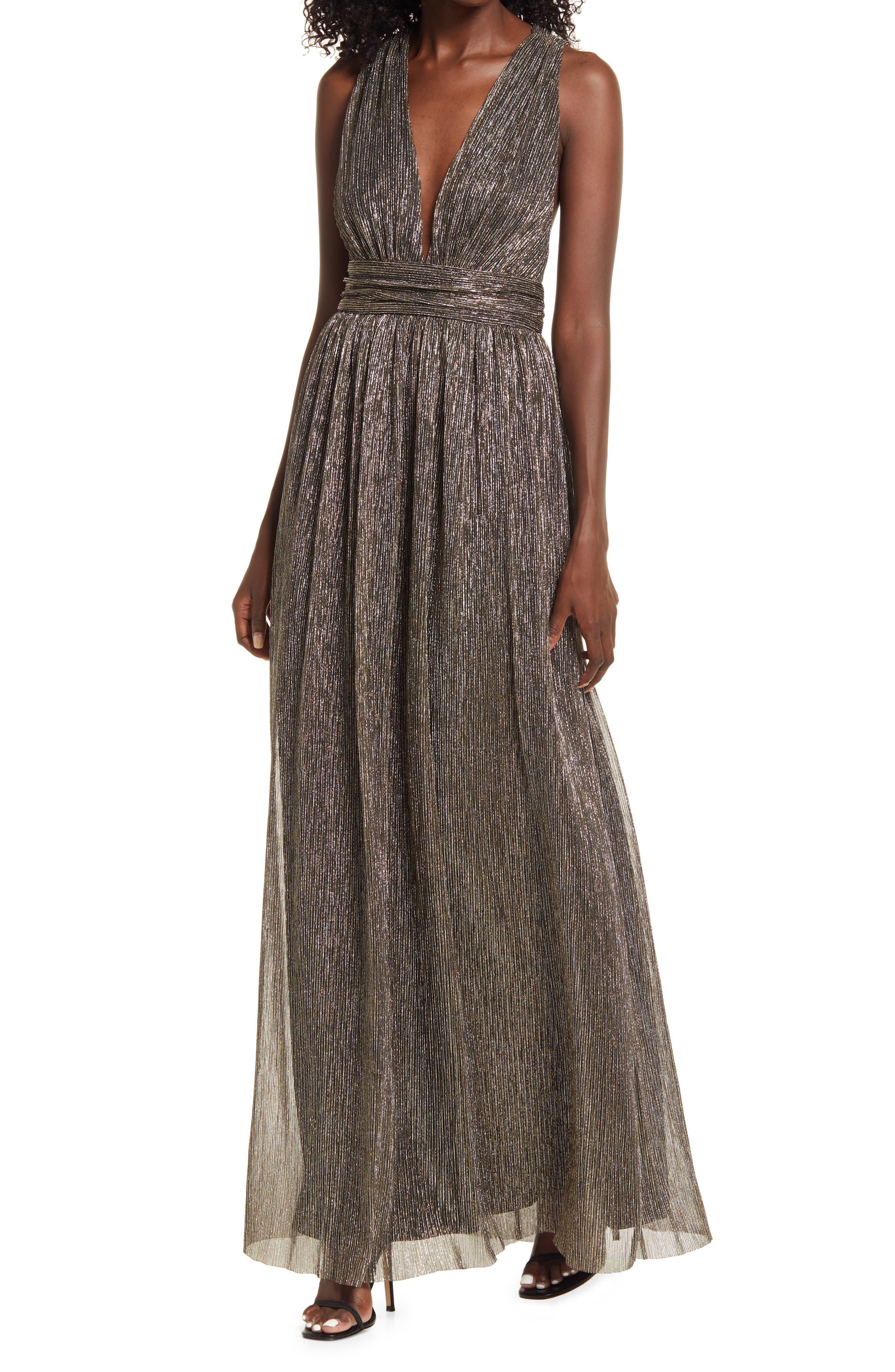 70s Sequin Dresses, Disco Dresses Womens Lulus Looking Radiant Metallic Evening Gown Size Large - Black $74.00 AT vintagedancer.com