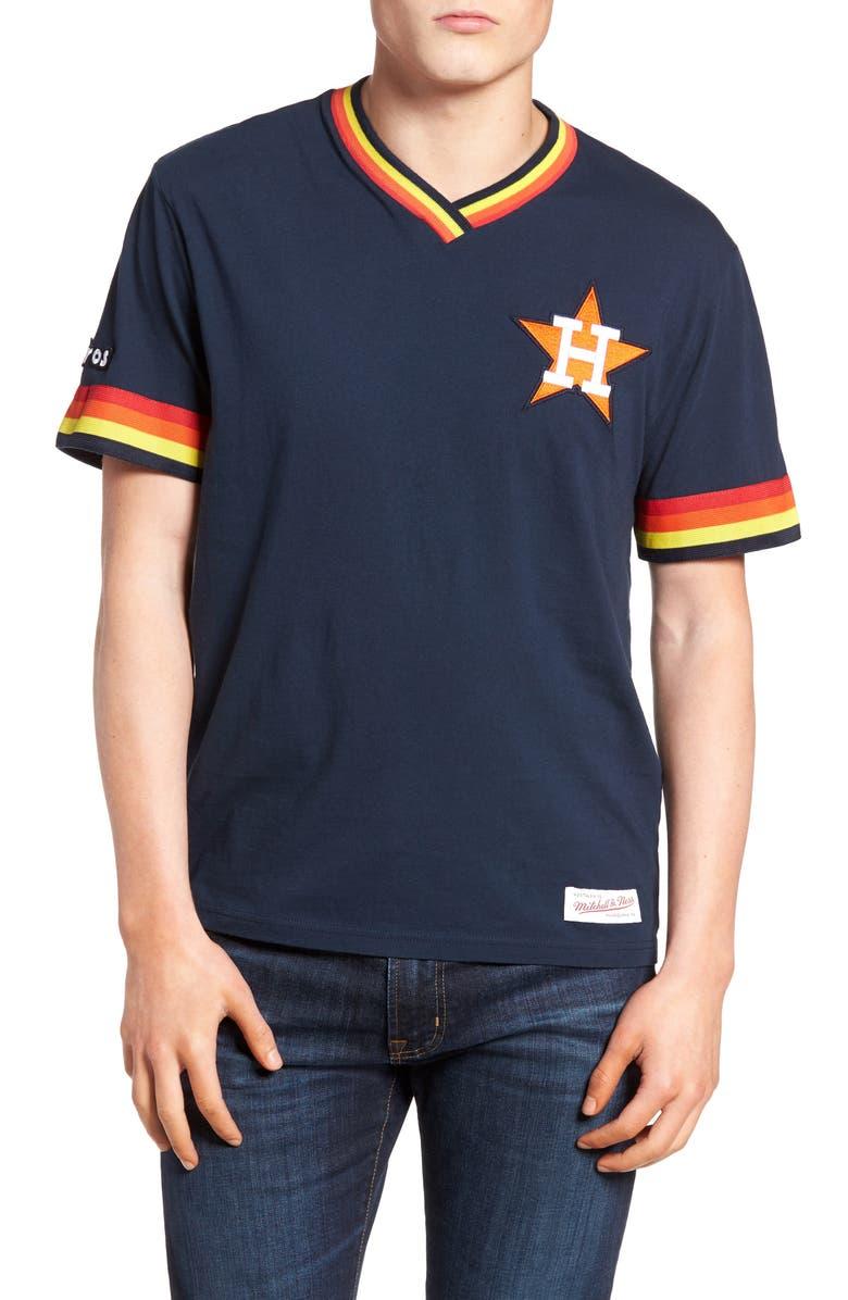 sports shoes 509ba 690e2 Mitchell & Ness Houston Astros - Vintage V-Neck T-Shirt ...