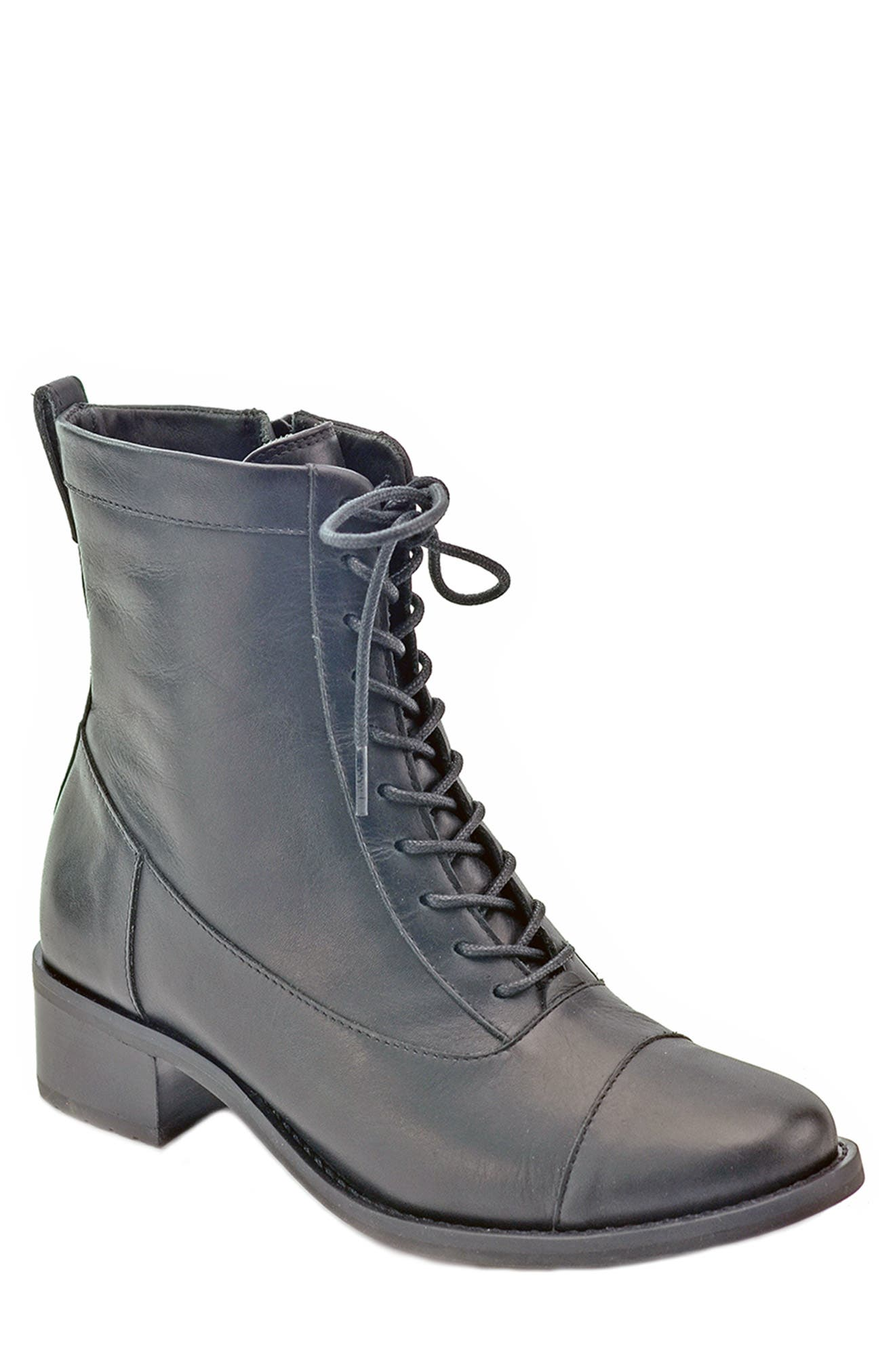 Explorer Lace-Up Boot