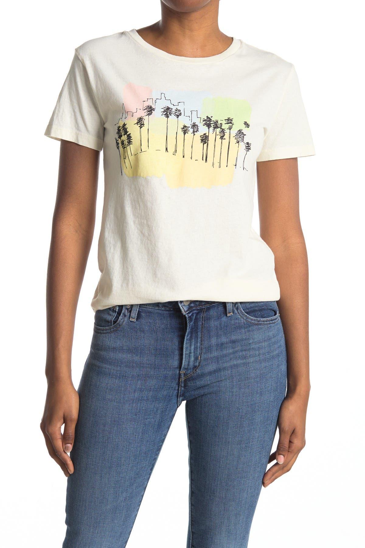 Image of Desert Dreamer LA Skyline Boyfriend T-Shirt