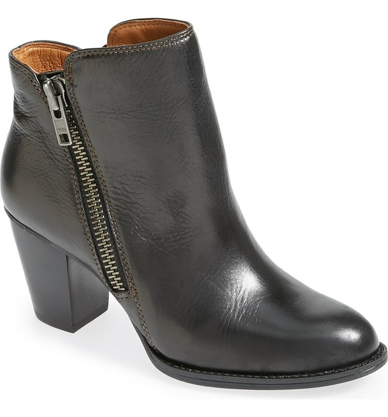 SÖFFT 'Wera' Leather Bootie, Main, color, 001