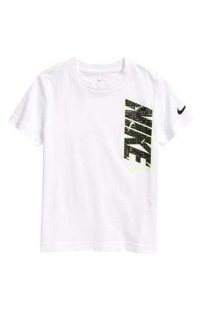 Nike T-shirts KIDS' GLOW IN THE DARK LOGO GRAPHIC TEE