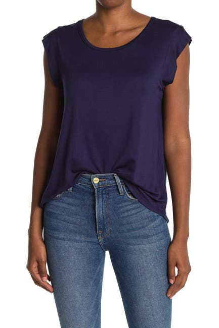 Image of Pleione Short Sleeve Pleated Back Scoop Neck Top