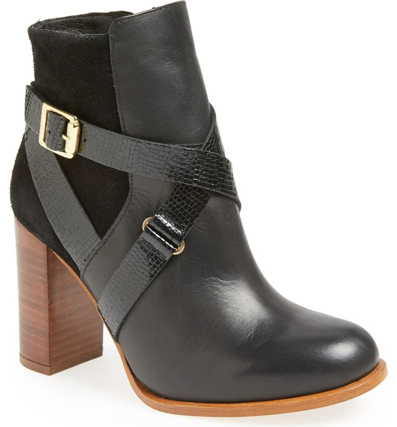 TOPSHOP 'Aroma' Ankle Boot, Main, color, 001