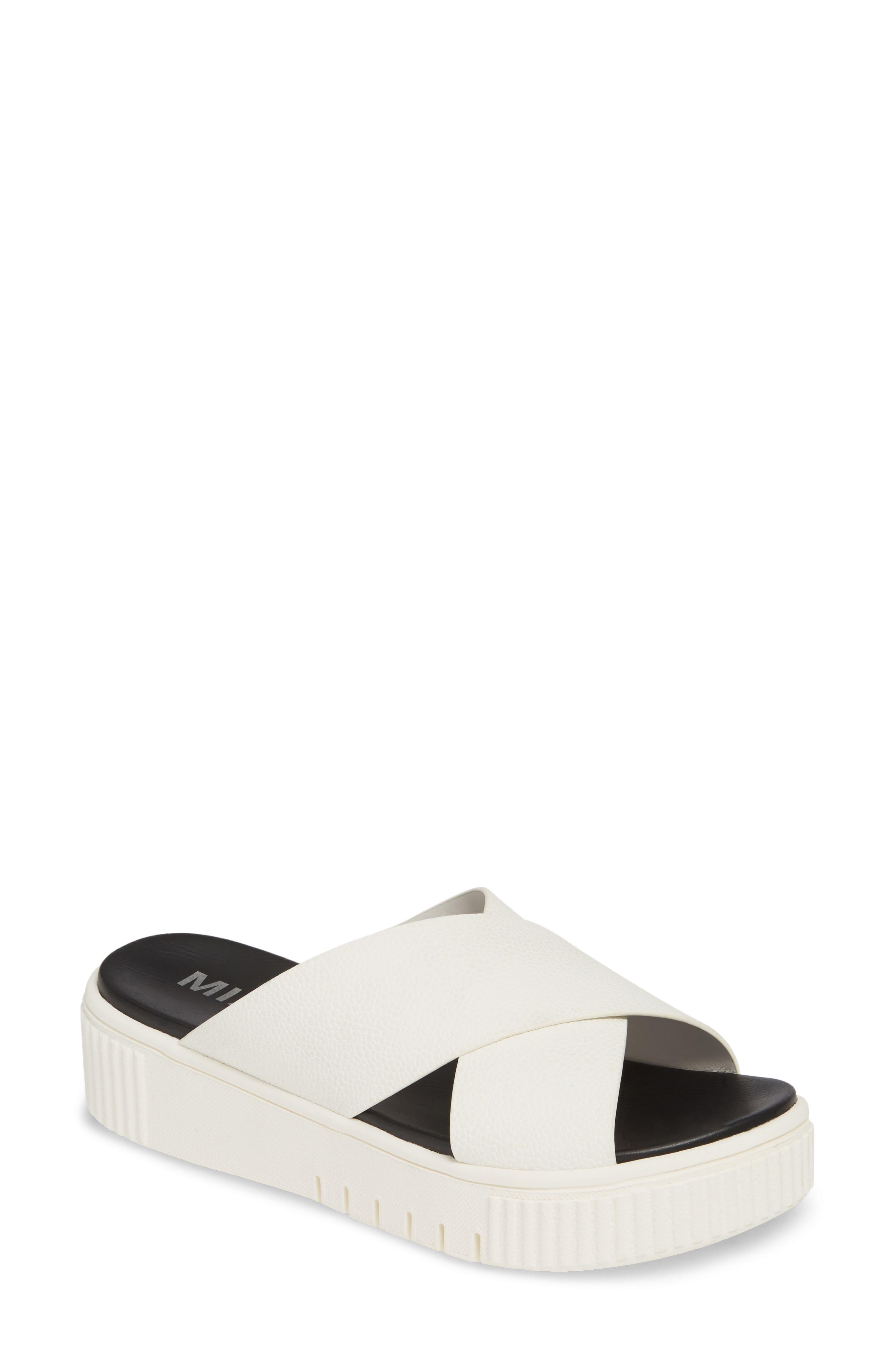 Mia Lia Platform Sandal, White