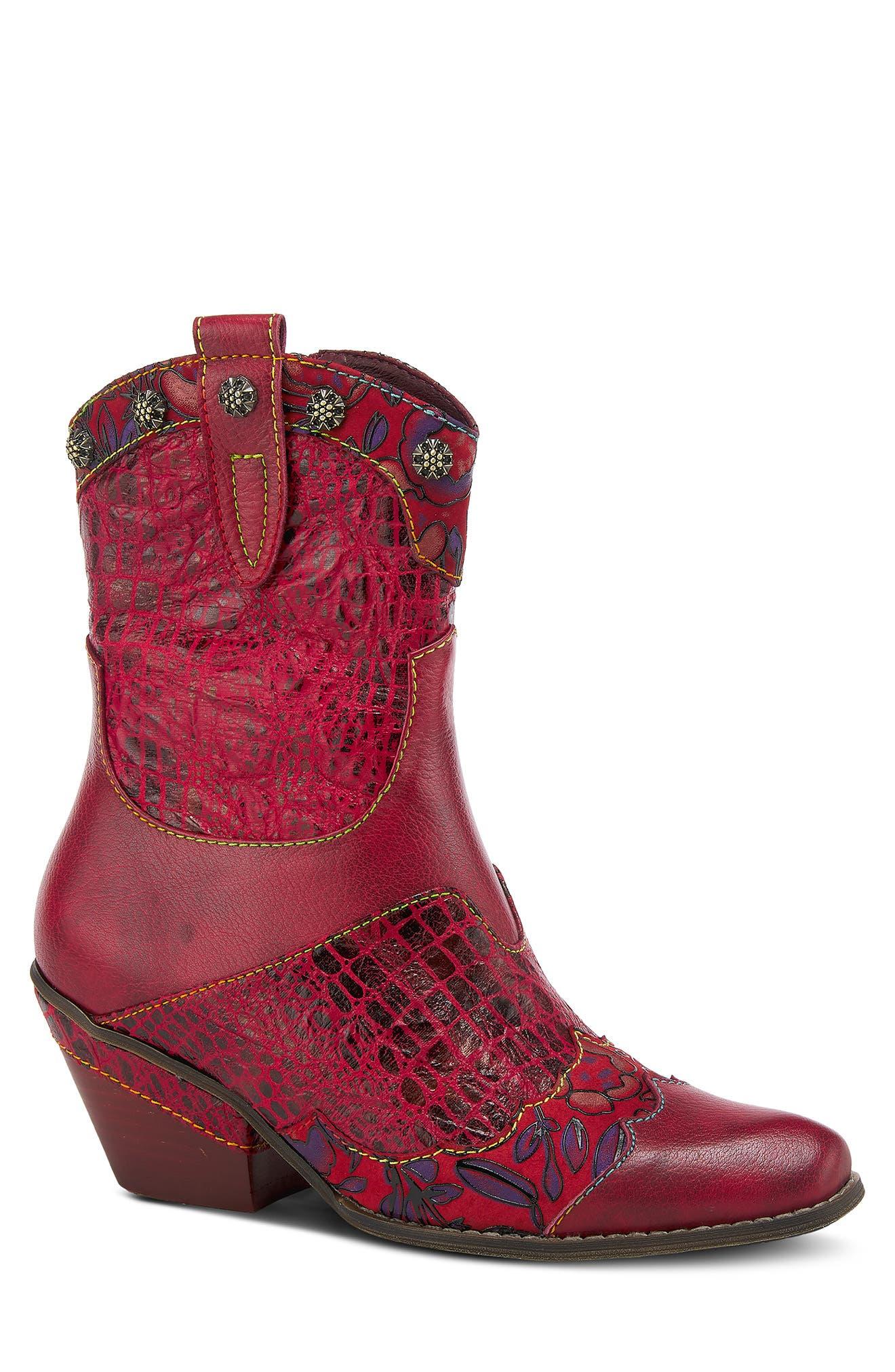 Animate Western Boot