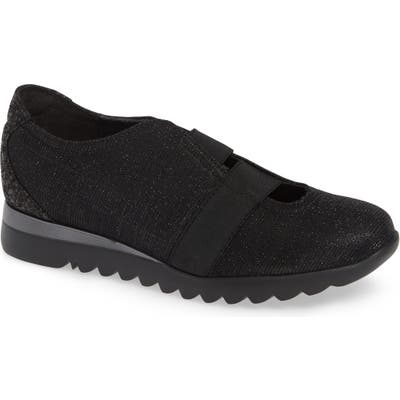 Munro Alta Slip-On Sneaker- Black