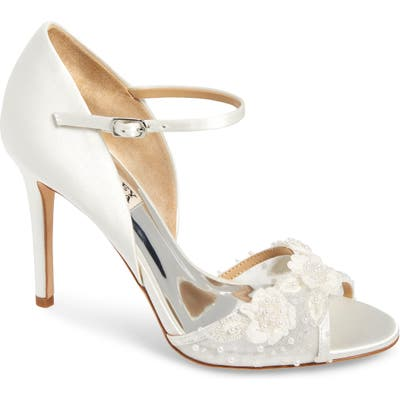 Badgley Mischka Carter Beaded Pump, White
