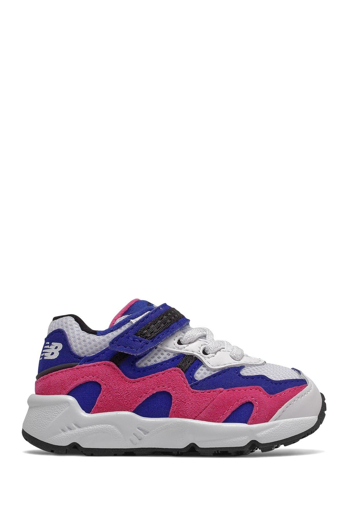 Image of New Balance 850 Classic Running Shoe