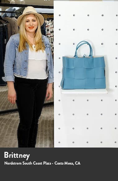 Large Arco Intrecciato Leather Tote, sales video thumbnail
