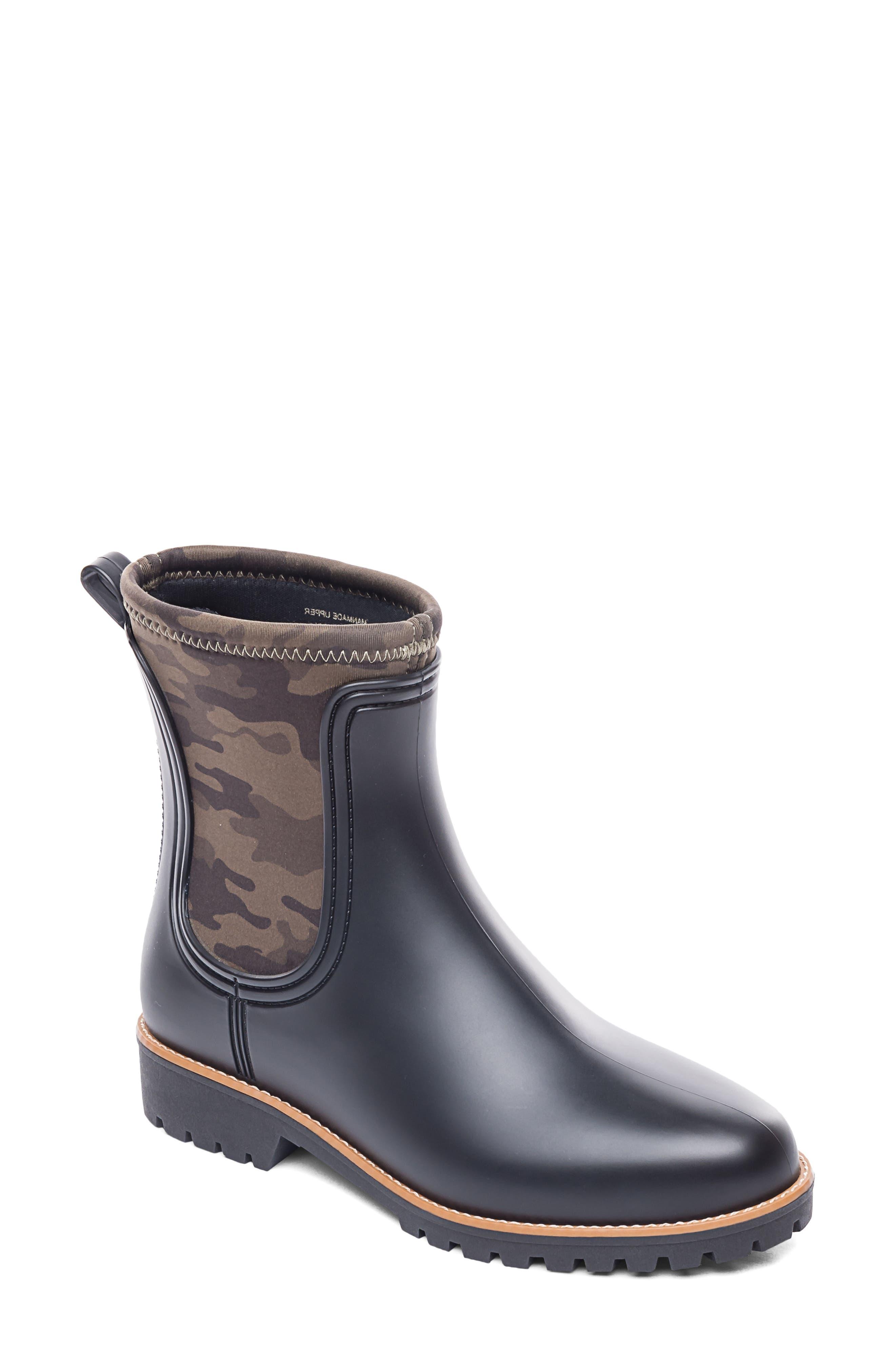 Zora Rain Boot