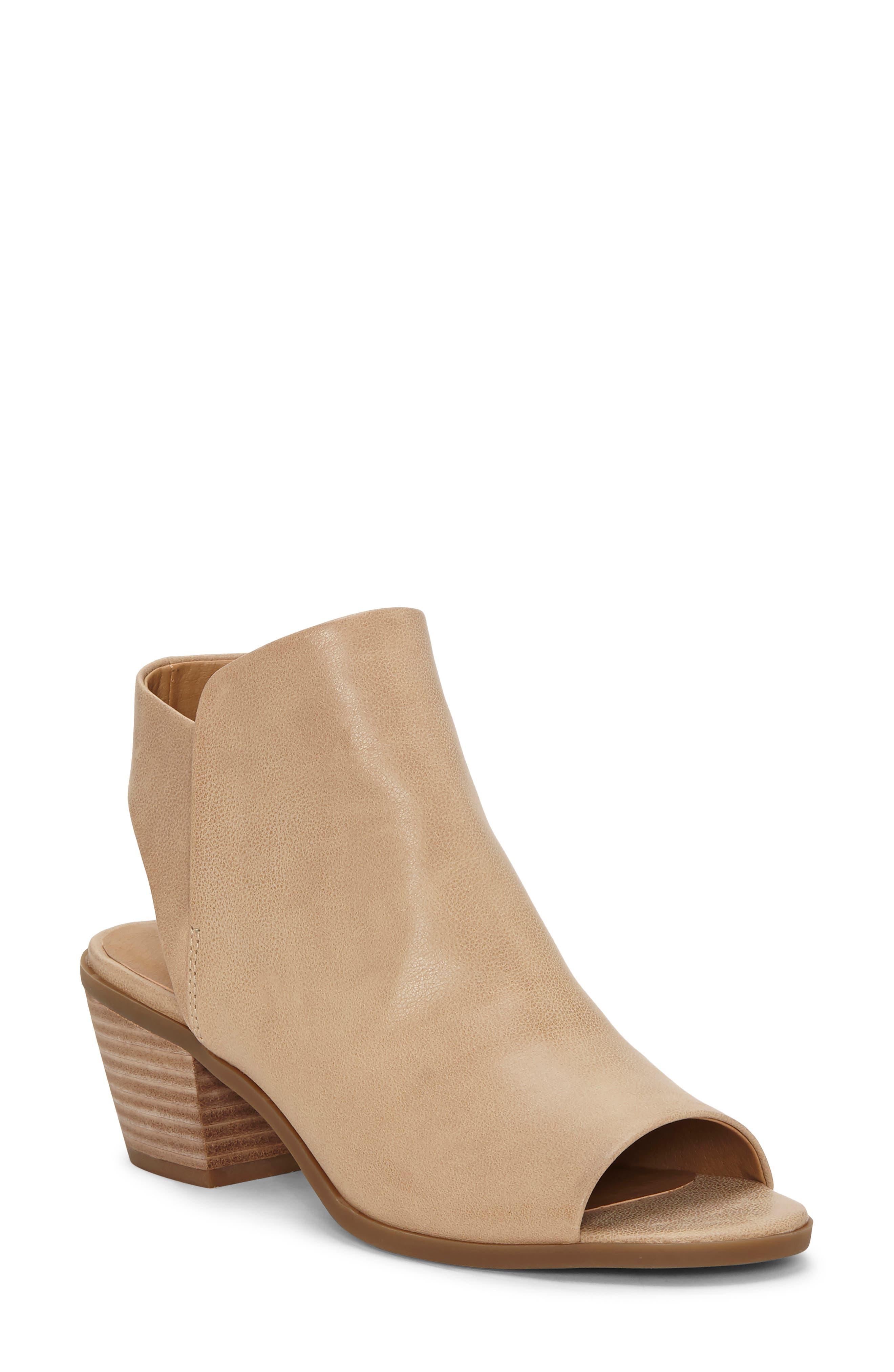 Lucky Brand Baaka Shield Sandal- Beige