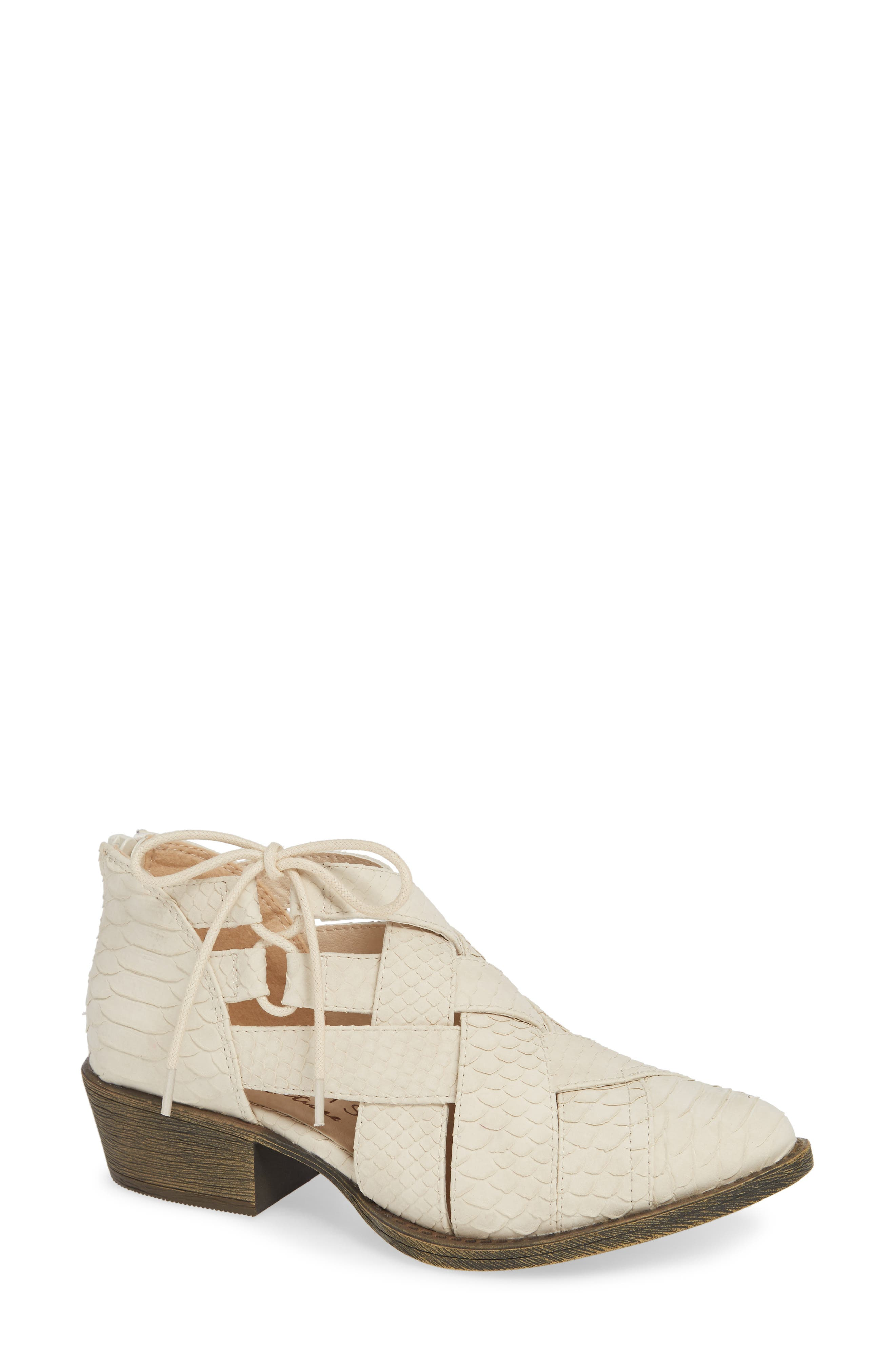 Coconuts By Matisse Lux Bootie, Ivory