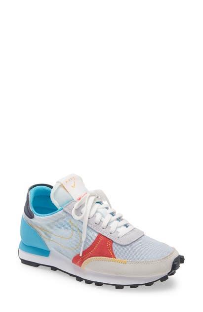 Nike DBREAK-TYPE SNEAKER