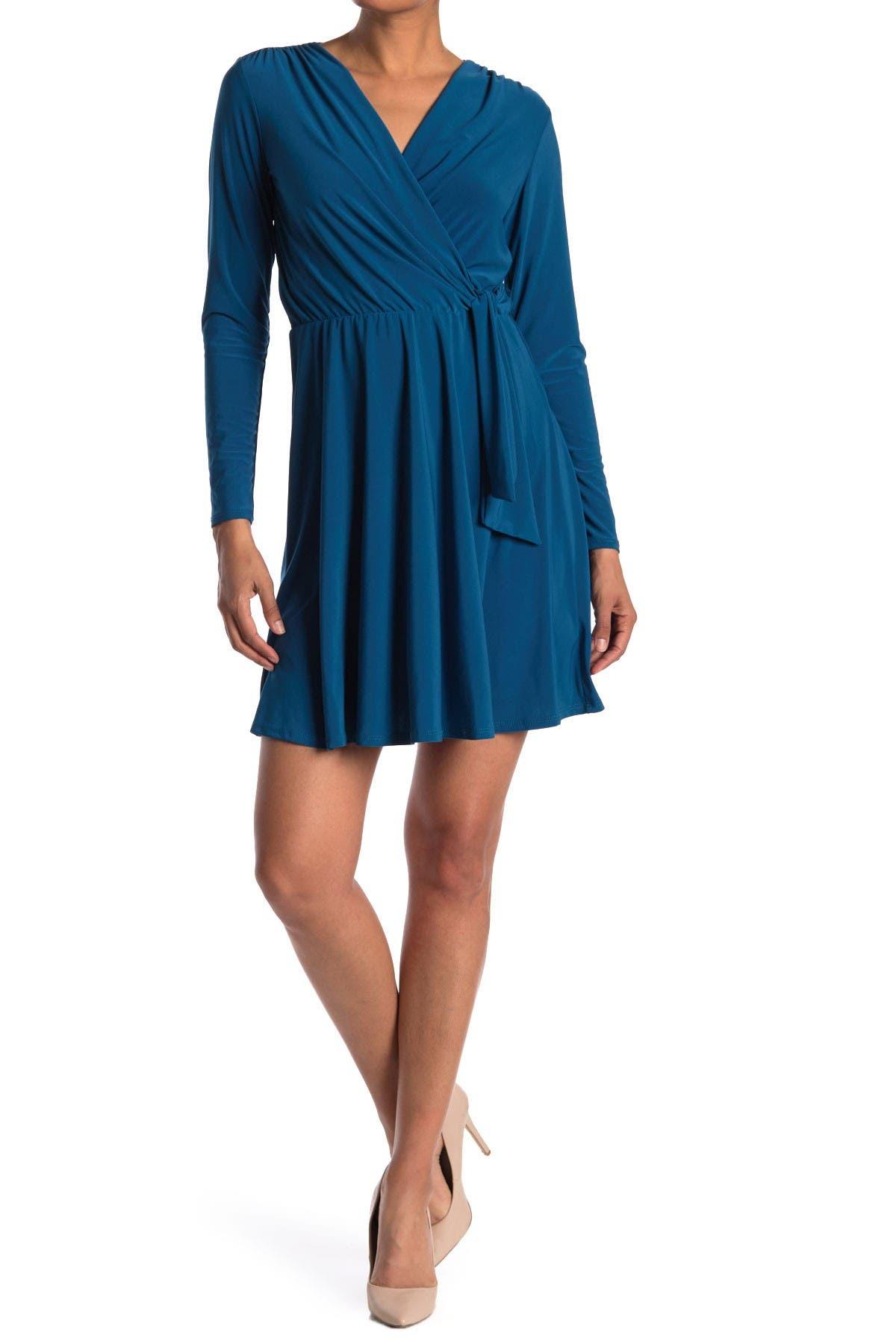 Image of TASH + SOPHIE V-Neck 3/4 Sleeve Dress