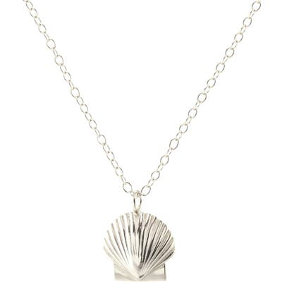Kris Nations Female Shell Charm Necklace