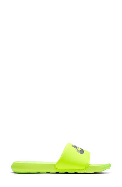 Nike VICTORI SLIDE SANDAL