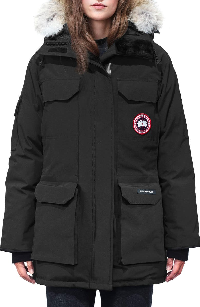 CANADA GOOSE Expedition Extreme Weather Fusion Fit 625 Fill Power Down Parka with Genuine Coyote Fur Trim, Main, color, BLACK