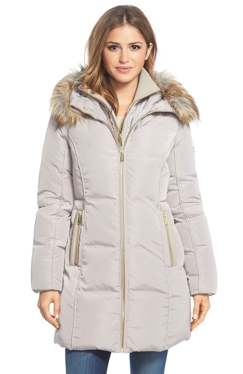 MICHAEL MICHAEL KORS Faux Fur Trim Hooded Down & Feather Fill Coat with Inset Bib, Main, color, 900