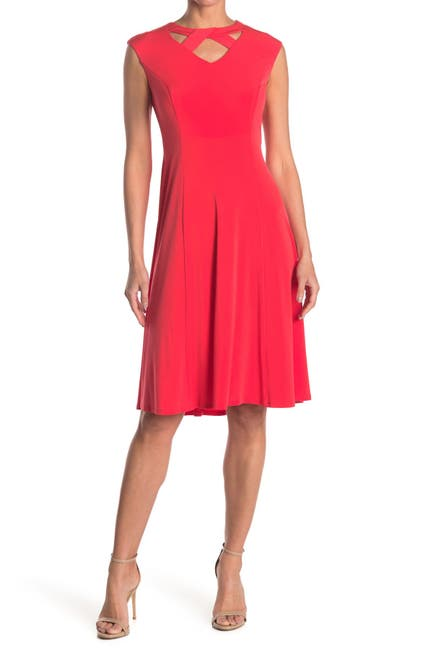 Image of London Times Twisted Keyhole Sleeveless Knee Length Dress