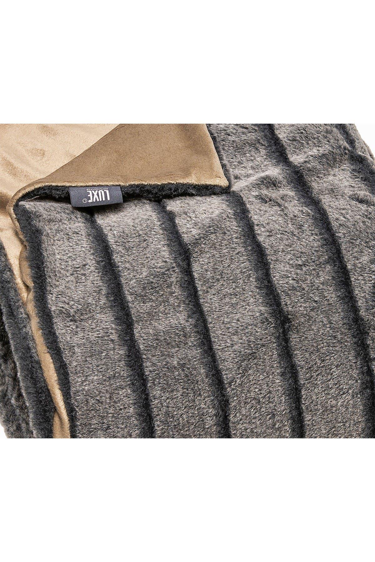"""Image of LUXE Faux Fur Throw - 50"""" x 60"""" - Glacier Grey"""