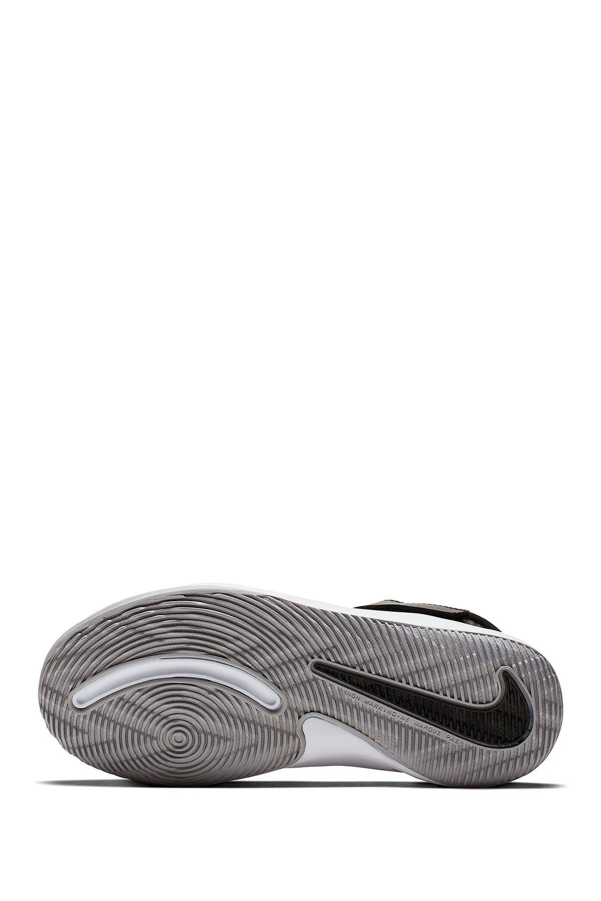 Image of Nike Team Hustle D 9 Sneaker