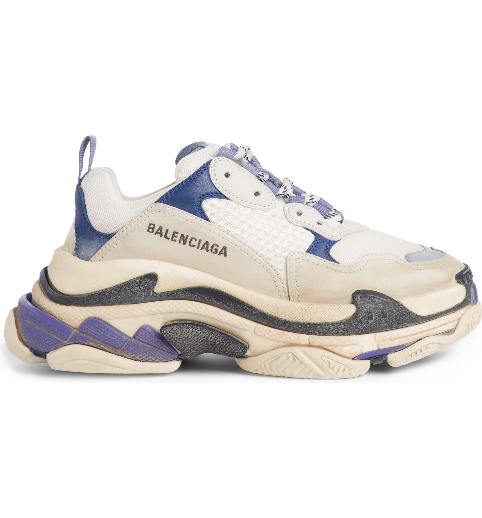 6647075621d Triple S Sneaker
