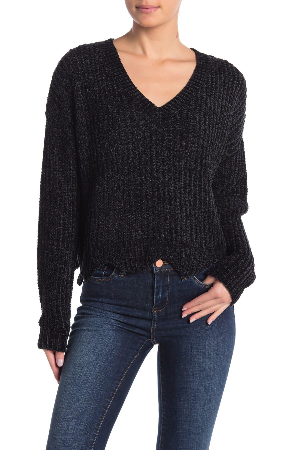 Image of Lush V-Neck Scalloped Chenille Sweater