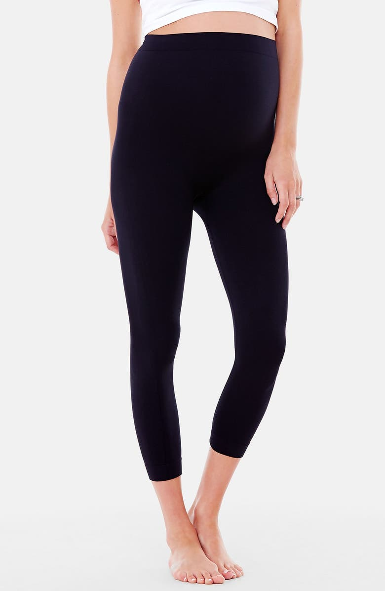 INGRID & ISABEL<SUP>®</SUP> Seamless Maternity Capri Leggings, Main, color, BLACK