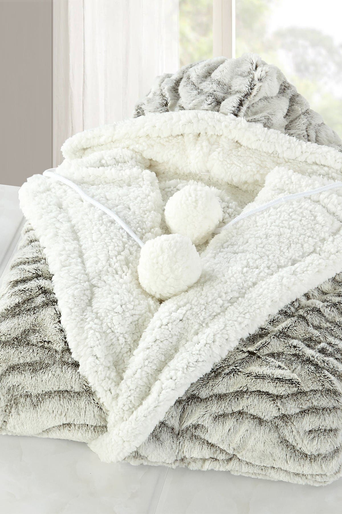 Image of Chic Home Bedding Earl Animal Print Faux Shearling Lined Snuggle Hoodie Blanket - Light Grey