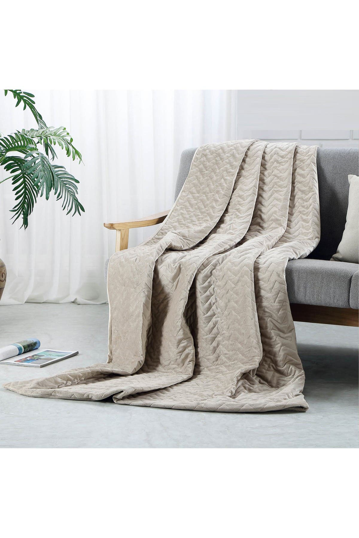 "Image of Inspired Home Cozy Tyme Eshe Weighted Blanket 25lbs 72"" x 80"" - Taupe"