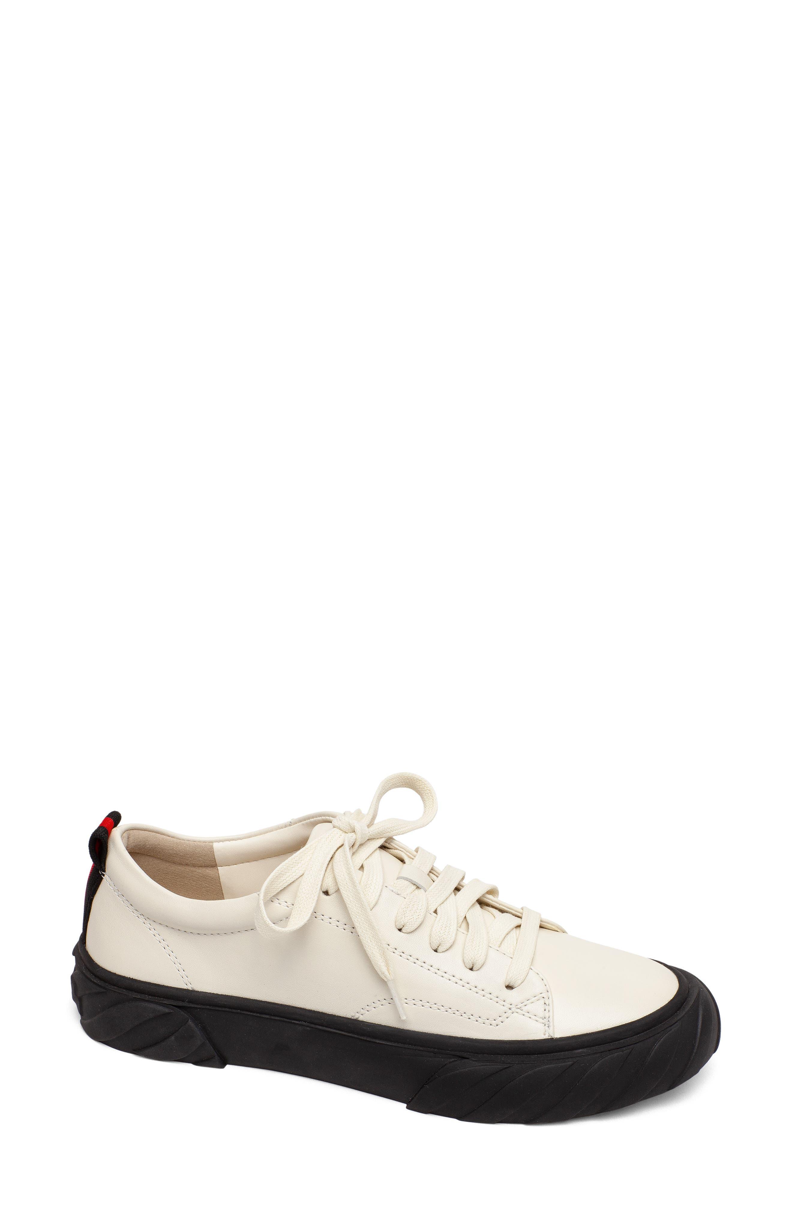 Go Get 'Em Sneaker