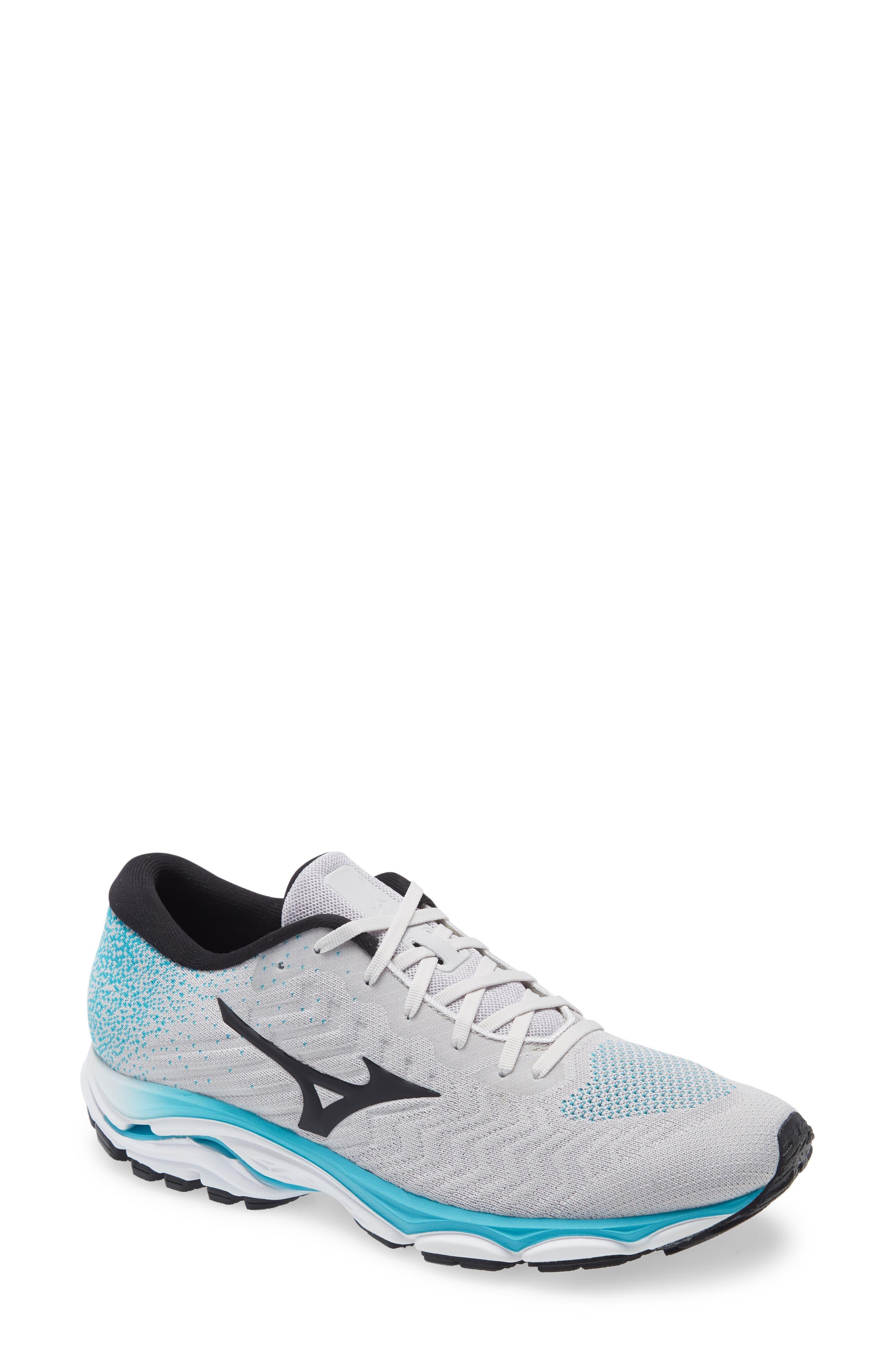Wave Inspire 16 Running Shoe