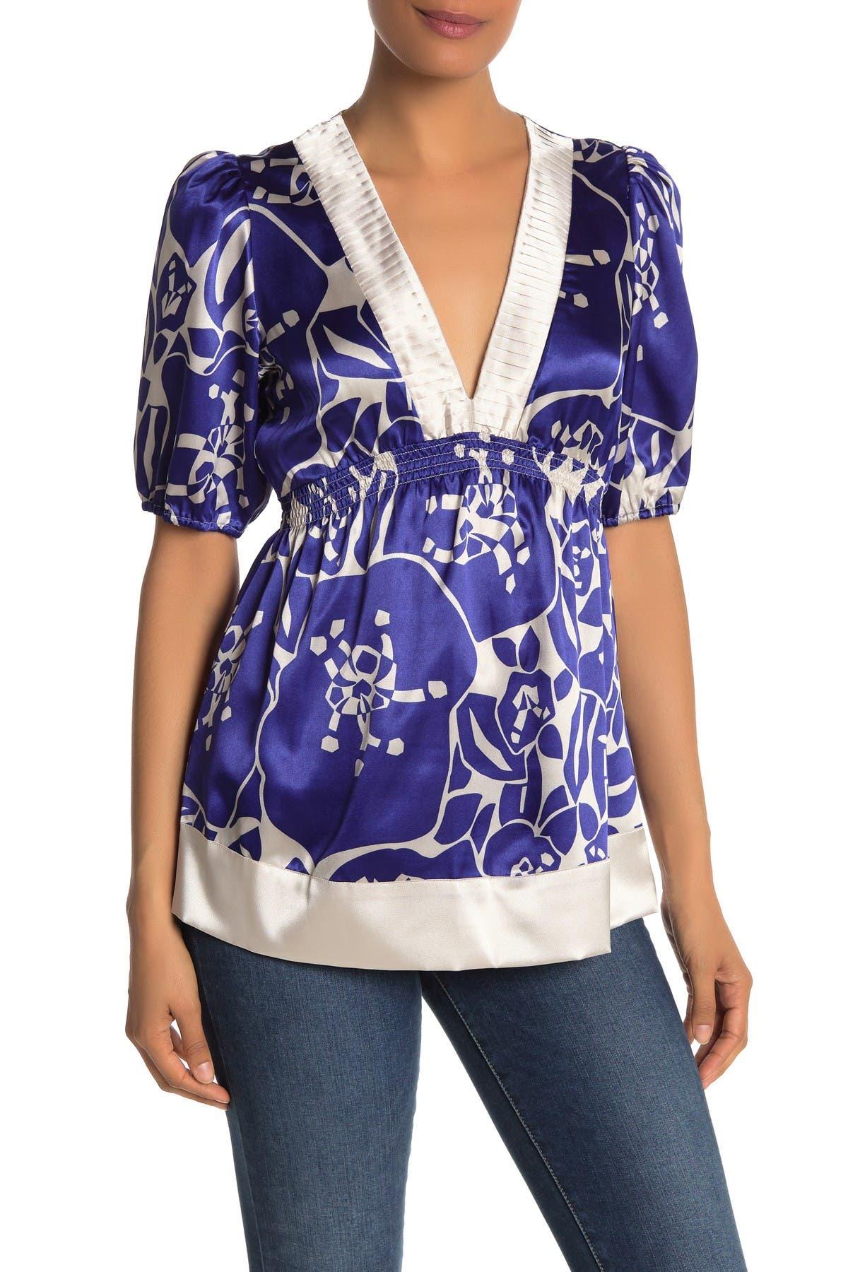 Image of Vertigo Short Sleeve V-Neck Tunic