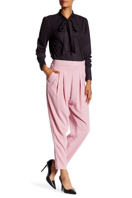 Image of Vertigo Solid Two-Pocket Crop Pants