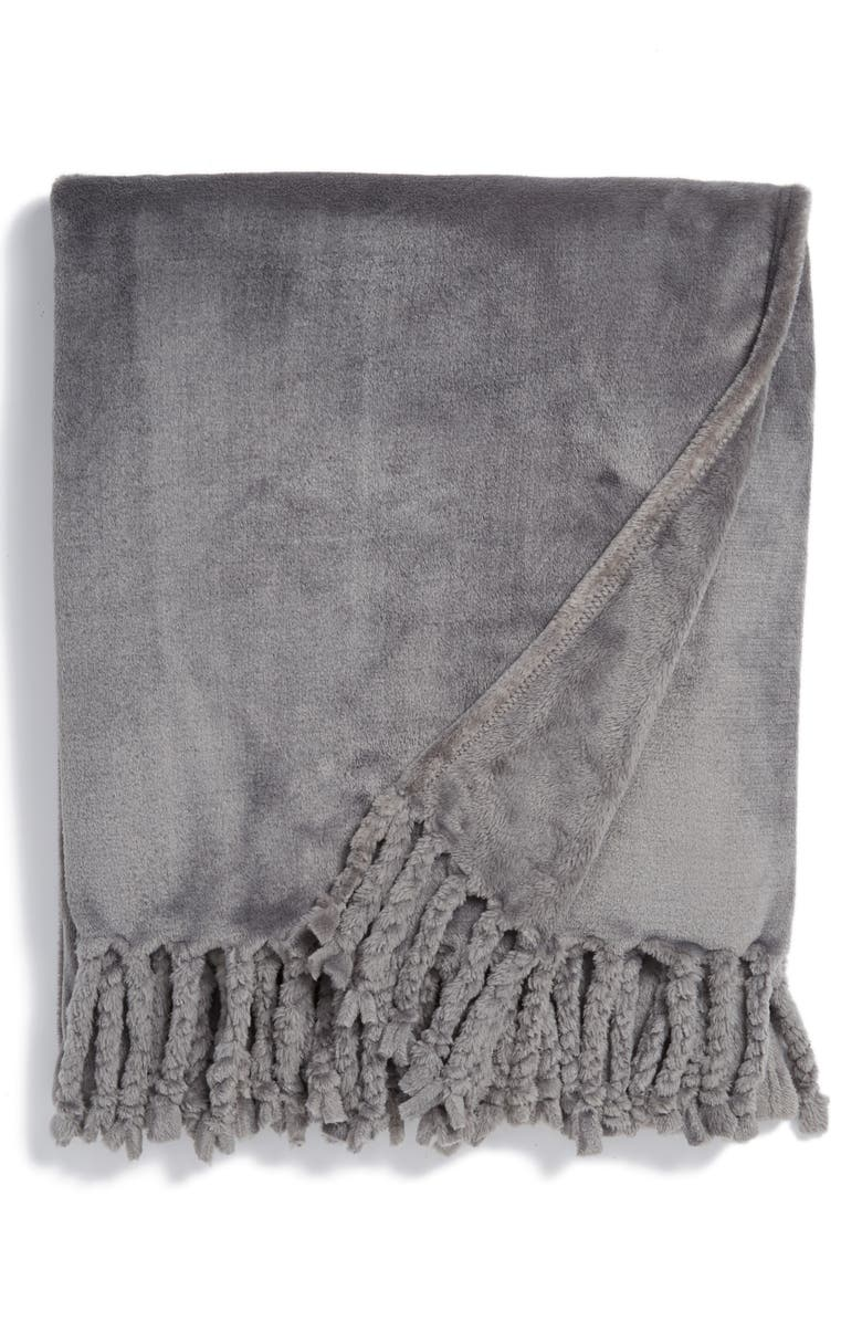 NORDSTROM AT HOME Kennebunk Bliss Plush Throw, Main, color, GREY FROST