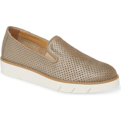 The Flexx Daily Slip-On Sneaker, Beige