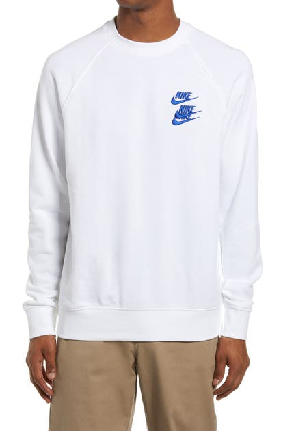 Nike SPORTSWEAR WORLD TOUR EMBROIDERED CREWNECK SWEATSHIRT