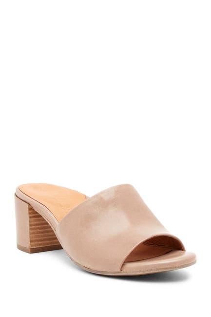 Image of Gentle Souls by Kenneth Cole Chantel Leather Slip-On Sandal