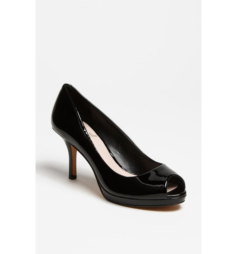 VINCE CAMUTO 'Kendall' Pump, Main, color, 001