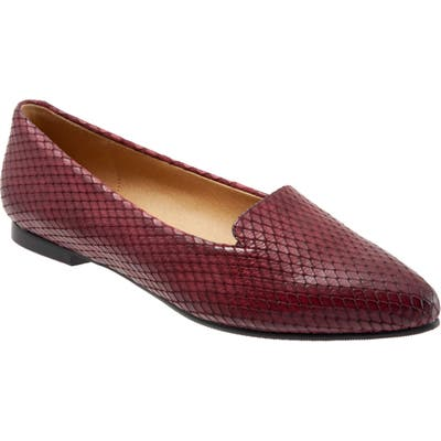 Trotters Harlowe Pointy Toe Loafer, Burgundy