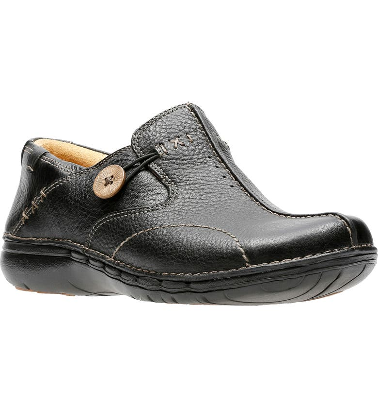 CLARKS<SUP>®</SUP> Un Loop Slip-On Flat, Main, color, BLACK LEATHER