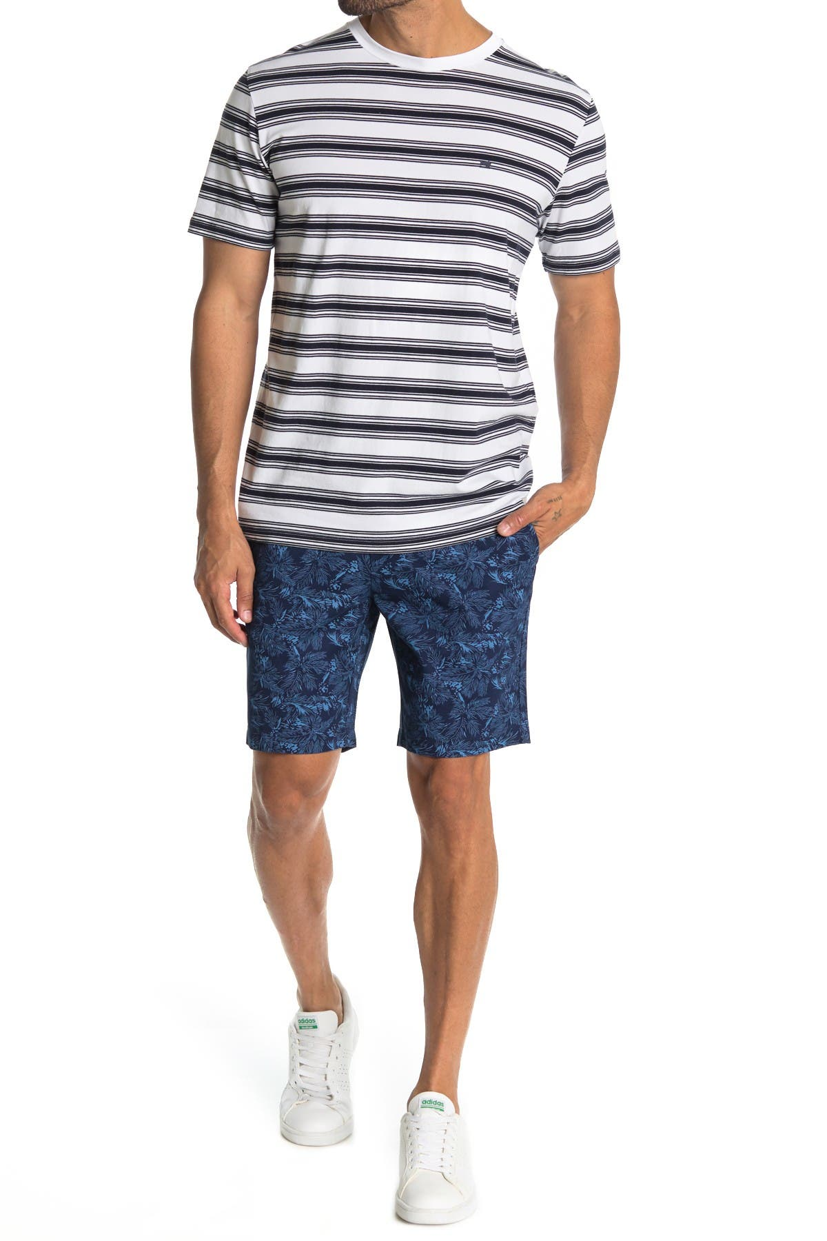 Image of Slate & Stone Ross Patterned Shorts
